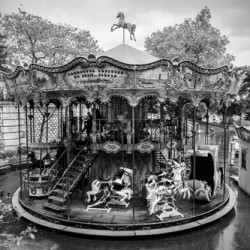 Carrousel Venitien by Michael Flicek